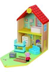 Peppa Pig La Casa de Madera con Figura y Mobiliario Bandai CO07213